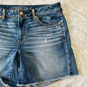 American Eagle DistressedDenim Blue Jean Shorts 12